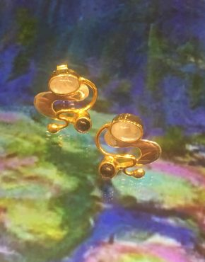 🎨 Monet Water 💦 Lillies Earrings