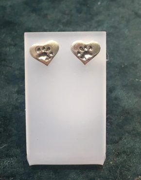 Paw Print Heart Stud Earrings Silver SGP3484