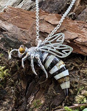 Amber Striped Hornet Pendant (ACSMHORNET2925)