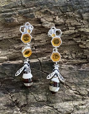 Amber Striped Hornet Drop Earrings (ACSMDREHORNET2212)