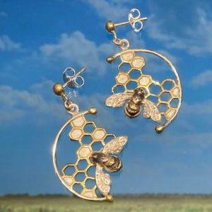 Honeycomb Bumble Bee Earrings ACPBEPS9714S