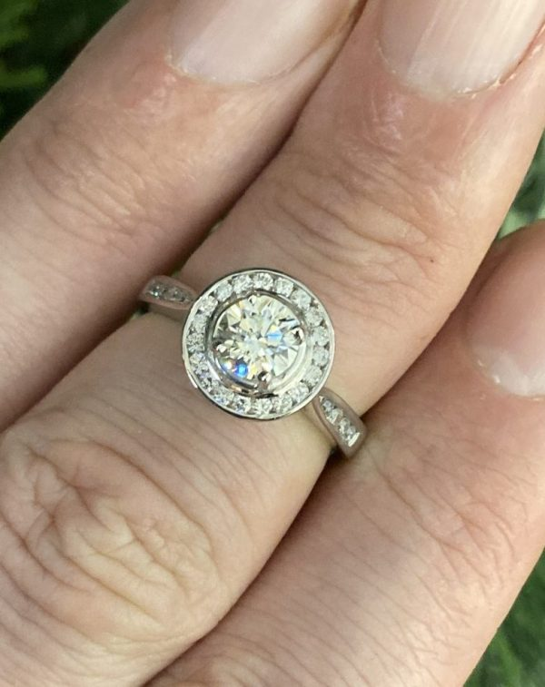 Round Brilliant Diamond Solitaire with Halo & Shoulders ACV041/12
