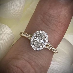 Oval Diamond Solitaire 0.45ct with Sparkling Halo and Shoulders 0.26ct ACVAPPV2954